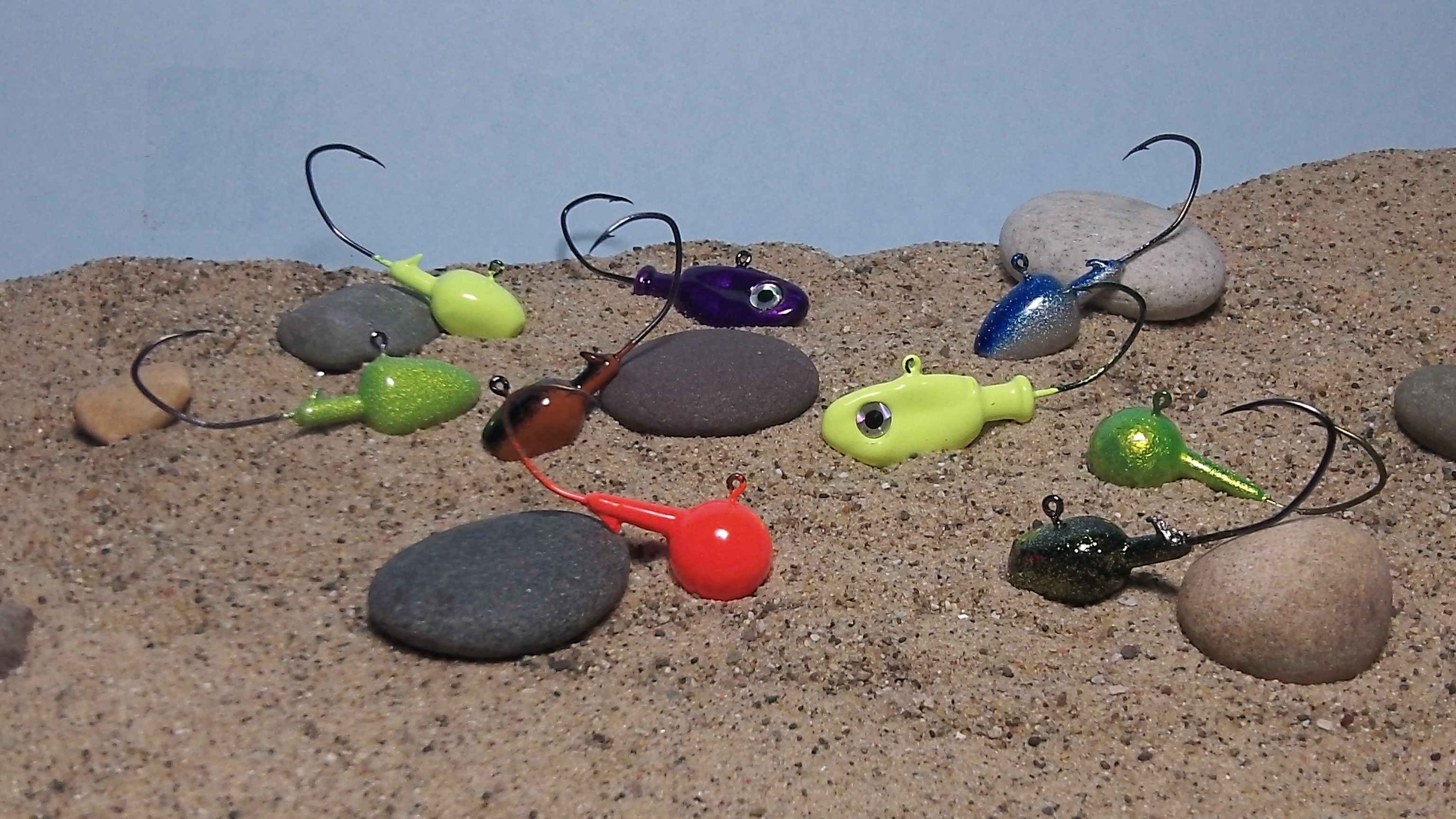 Jigs for sale wyandotte worms stinger hooks michigan for Fishing worms for sale