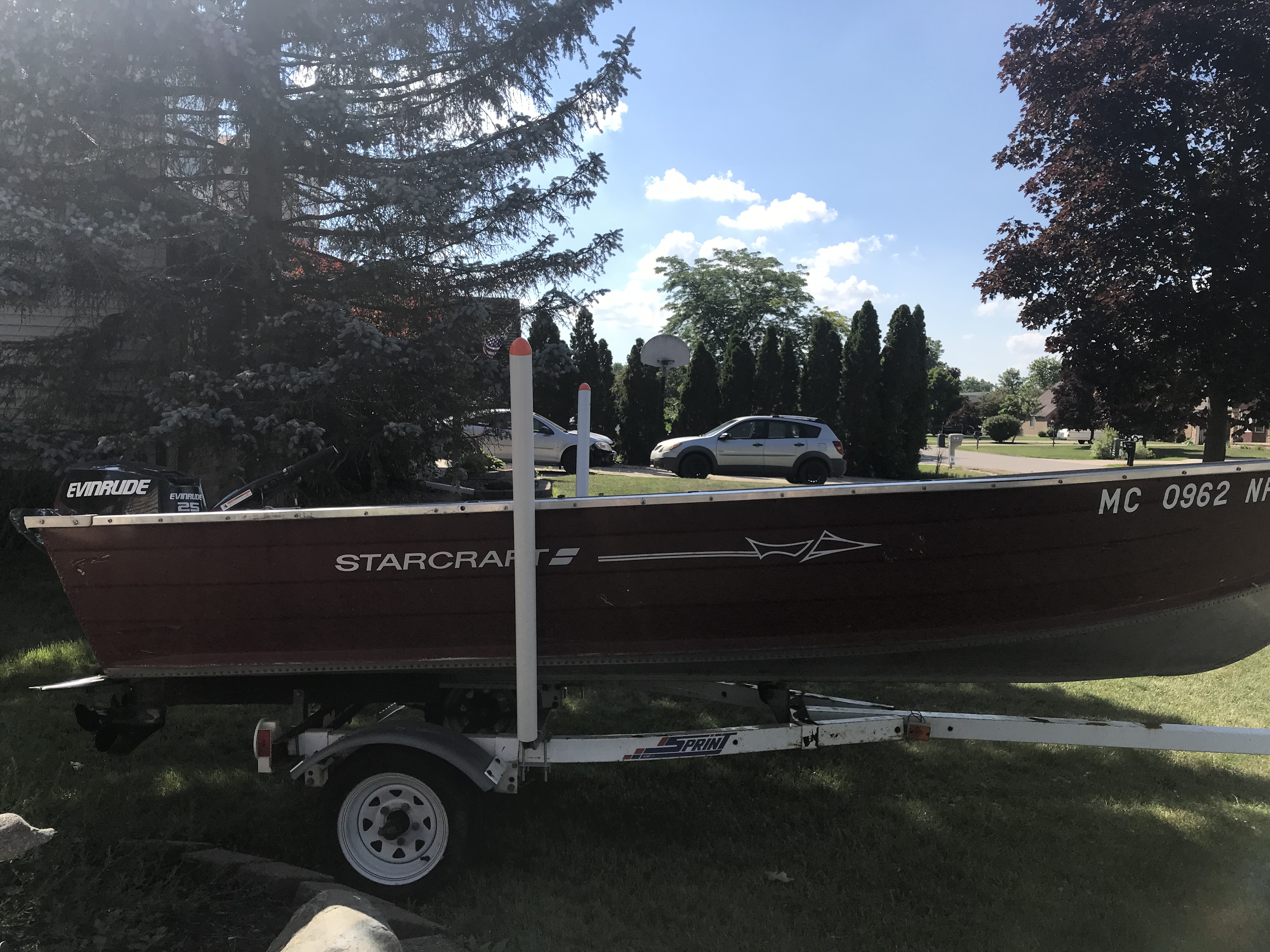14 ft Starcraft aluminum boat 25 hp Evinrude etec | Michigan