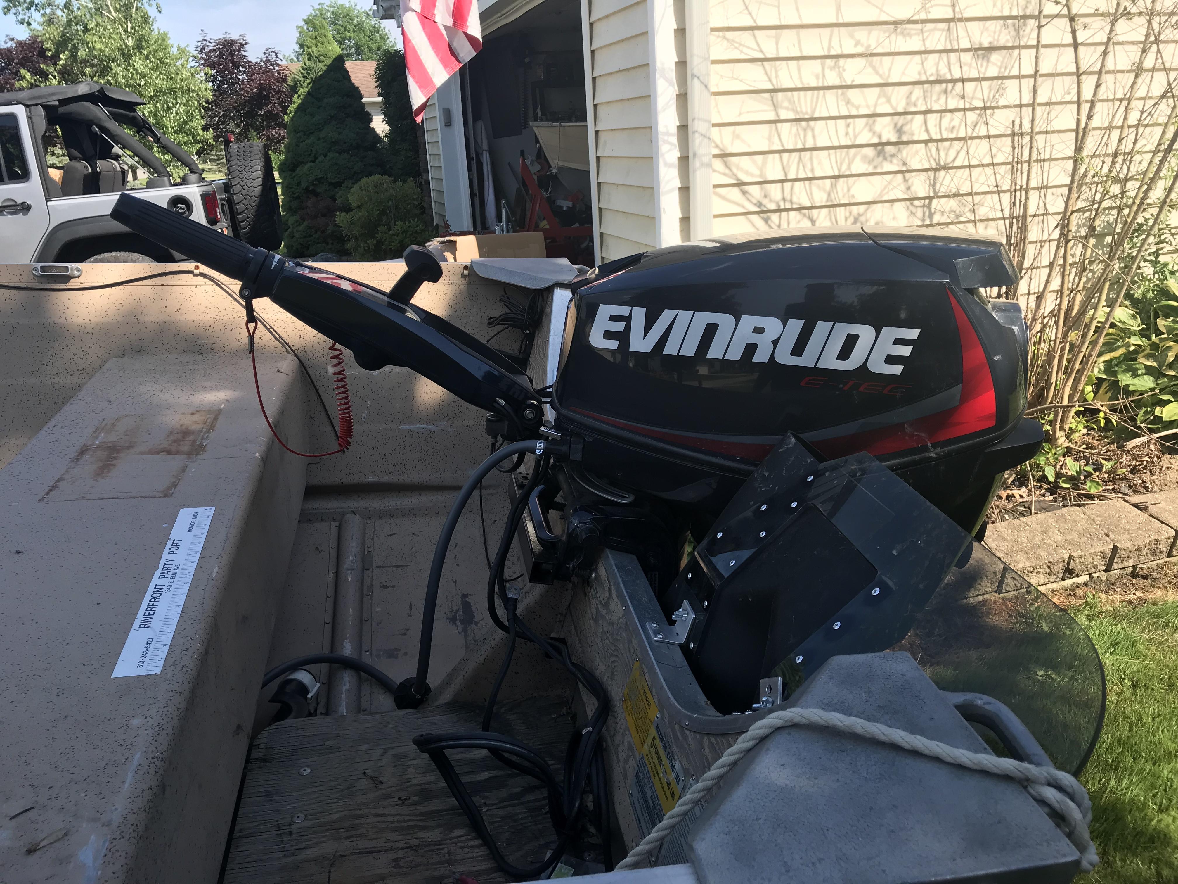 14 ft Starcraft aluminum boat 25 hp Evinrude etec | Michigan