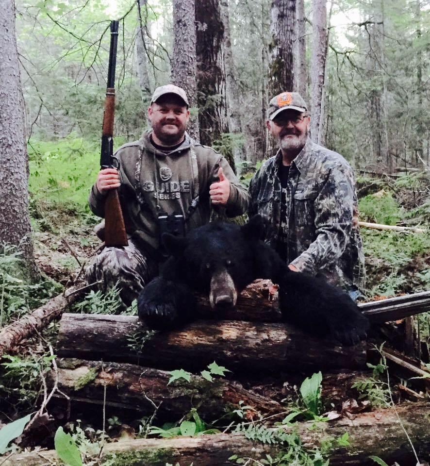 Bear guide in baraga ottawa outfitters michigan for Michigan dnr fishing guide