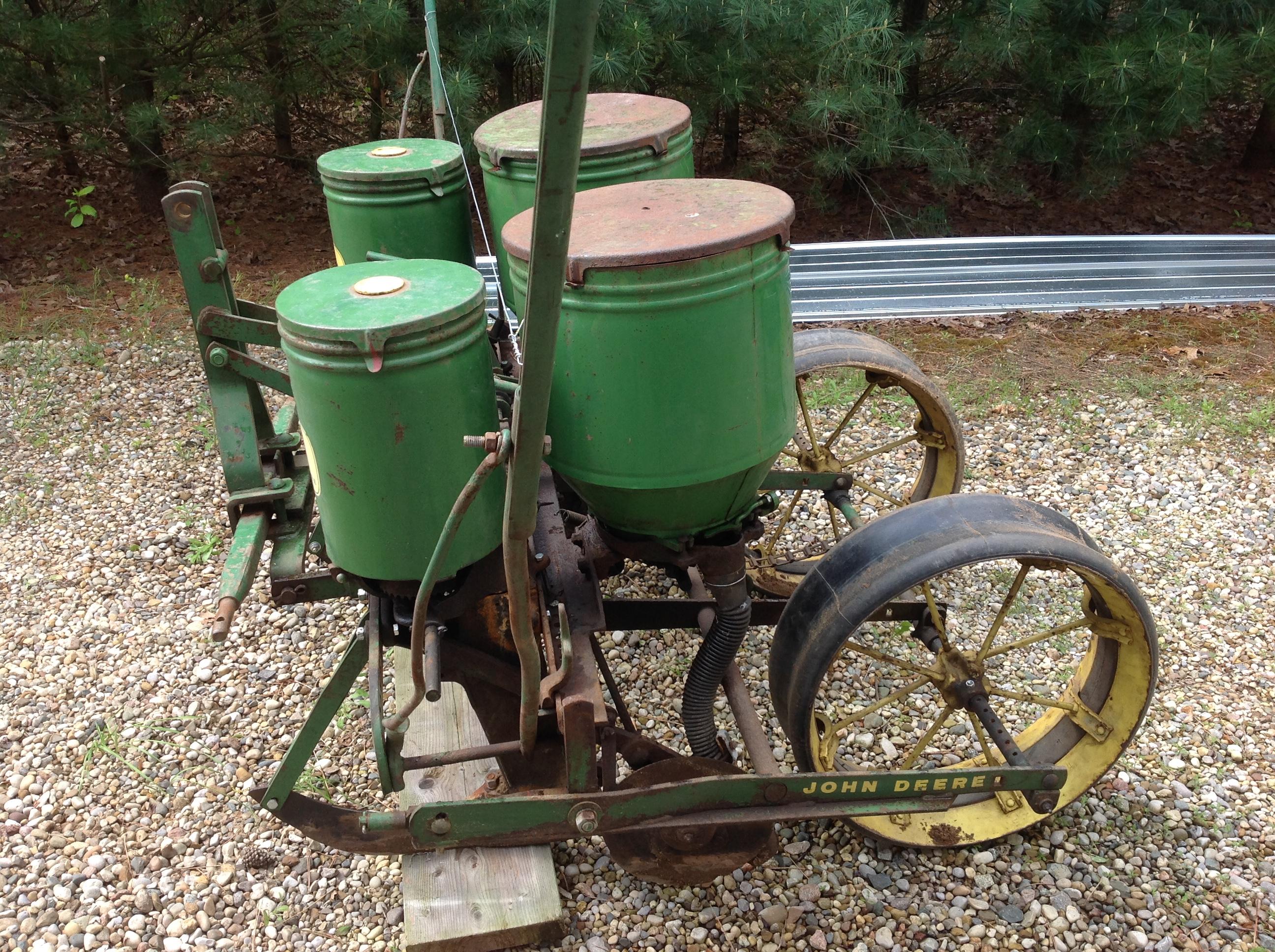 John Deere 246 247 3 Point Corn Planter | Michigan Sportsman ... on