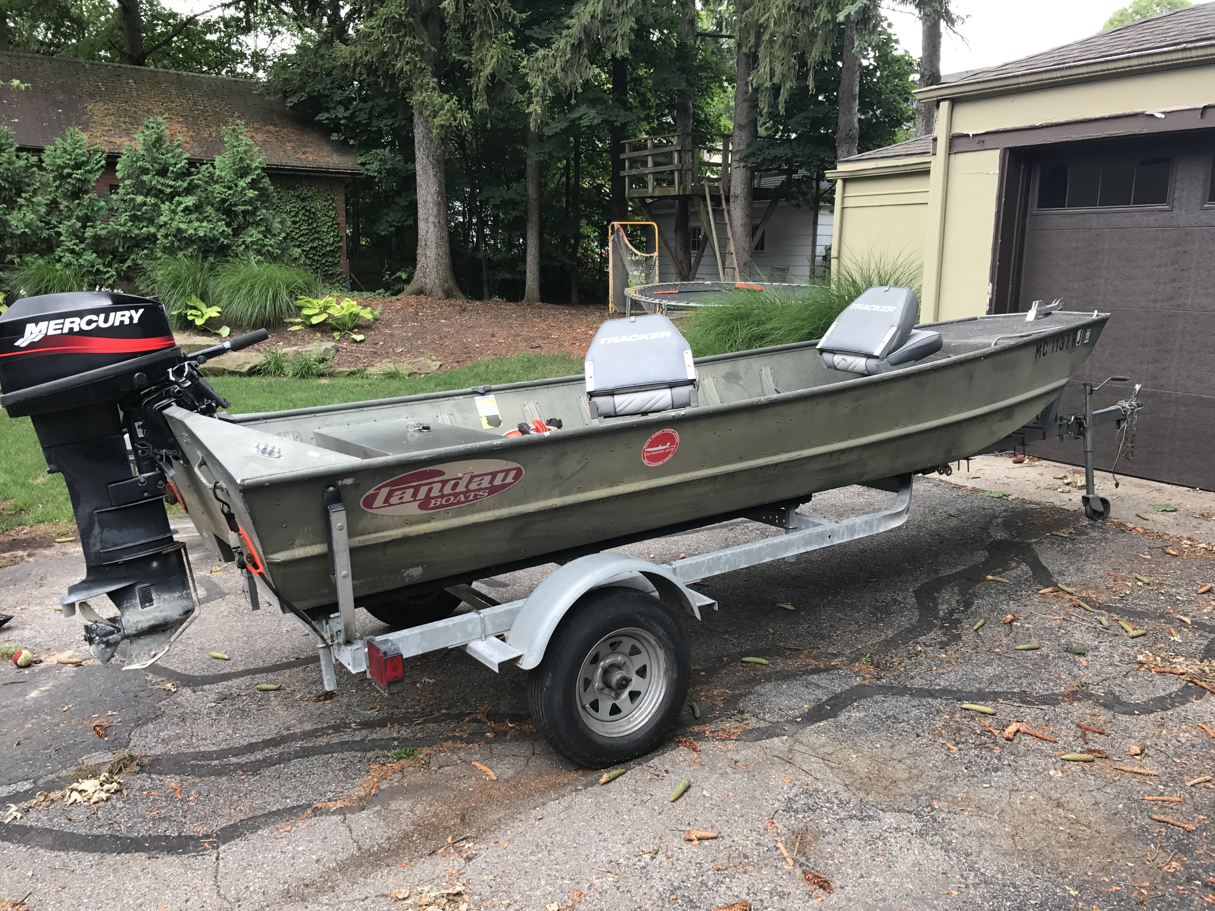 15 39 landau tunnel hull boat 25hp with trailer michigan for Outboard motors for sale in michigan