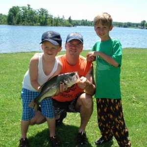 "2010 Long Lake Tourney Winner 21"" 4.5 lb Lg/mouth"